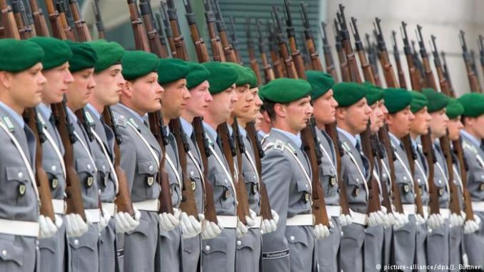 عناصر من الجيش الألماني
