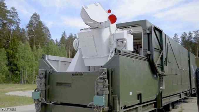 إحدى أسلحة الليزر المتطورة في روسيا (موقع سكاي نيوز عربية – صورة أرشيفية)
