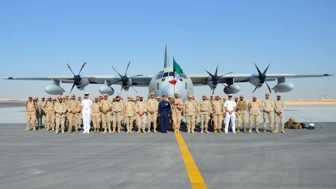 """بدء توافد القوات العربية المشاركة في تدريب """"درع العرب-1"""" إلى العديد من القواعد الجوية والمنافذ البحرية المصرية (المتحدث الرسمي للقوات المسلحة المصرية – فيسبوك)"""