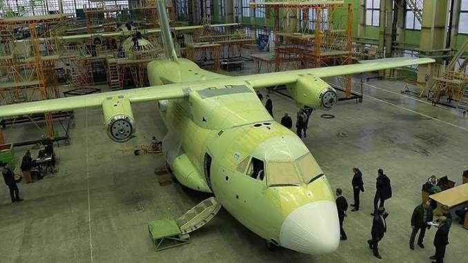 """طائرة النقل العسكري الروسية الجديدة """"إيل-112"""""""