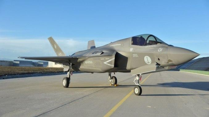 بالإضافة إلى تعليق بعض البرامج، يمكن لإيطاليا إبطاء عملية شراء مقاتلات أف-35 من أجل توزيع المدفوعات. (لوكهيد مارتن)