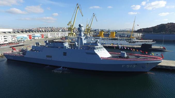 """فرقاطة """"بورغازأدا"""" التركية أثناء مراسم تسليمها للبحرية في 4 تشرين الثاني/ نوفمبر"""