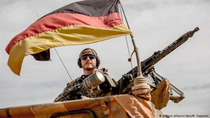 عنصر من القوات المسلحة الألمانية (صورة أرشيفية)