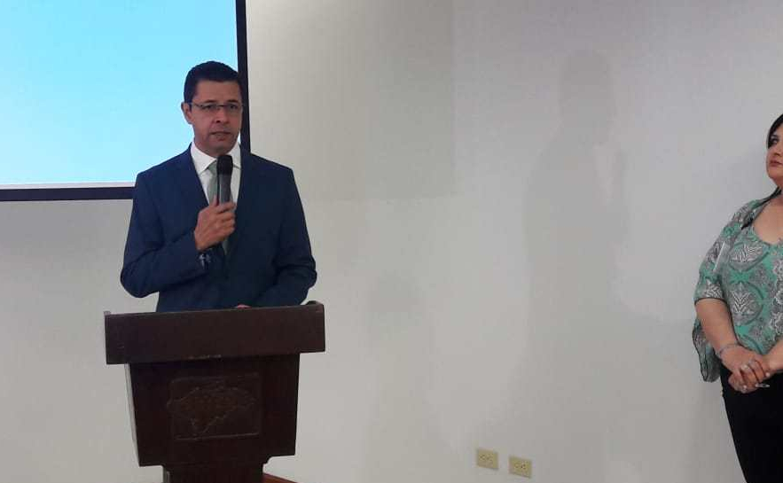 Ministro de Desarrollo Económico Arnaldo Castillo inaugura Taller sobre Facilitación del Comercio.