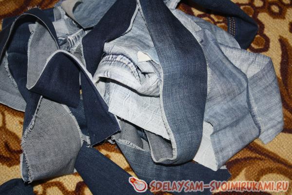 Как связать коврик из старых джинсов