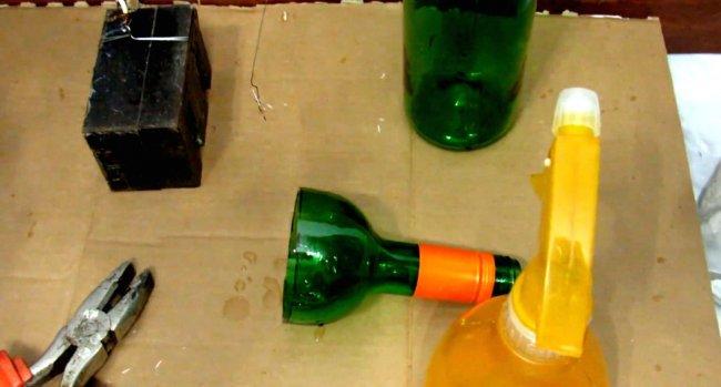 Come Tagliare Le Bottiglie Di Vetro.Come Tagliare Una Bottiglia Di Vetro Con Una Corda Come