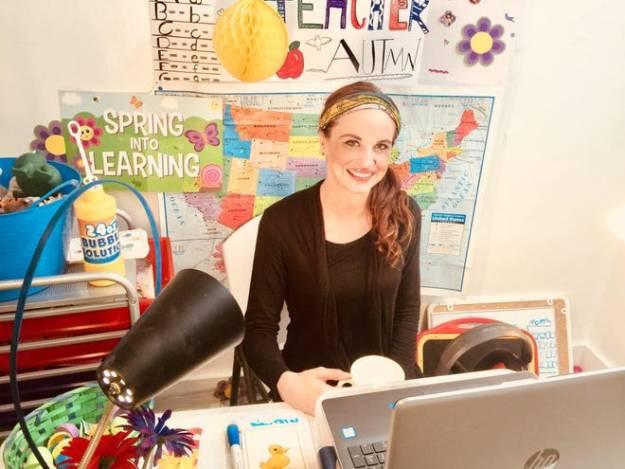 Teaching English Online, Teaching English Online, SDE Seadragon Education