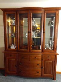 Broyhill Curio Cabinet Continental Tapestry Cabinet ...