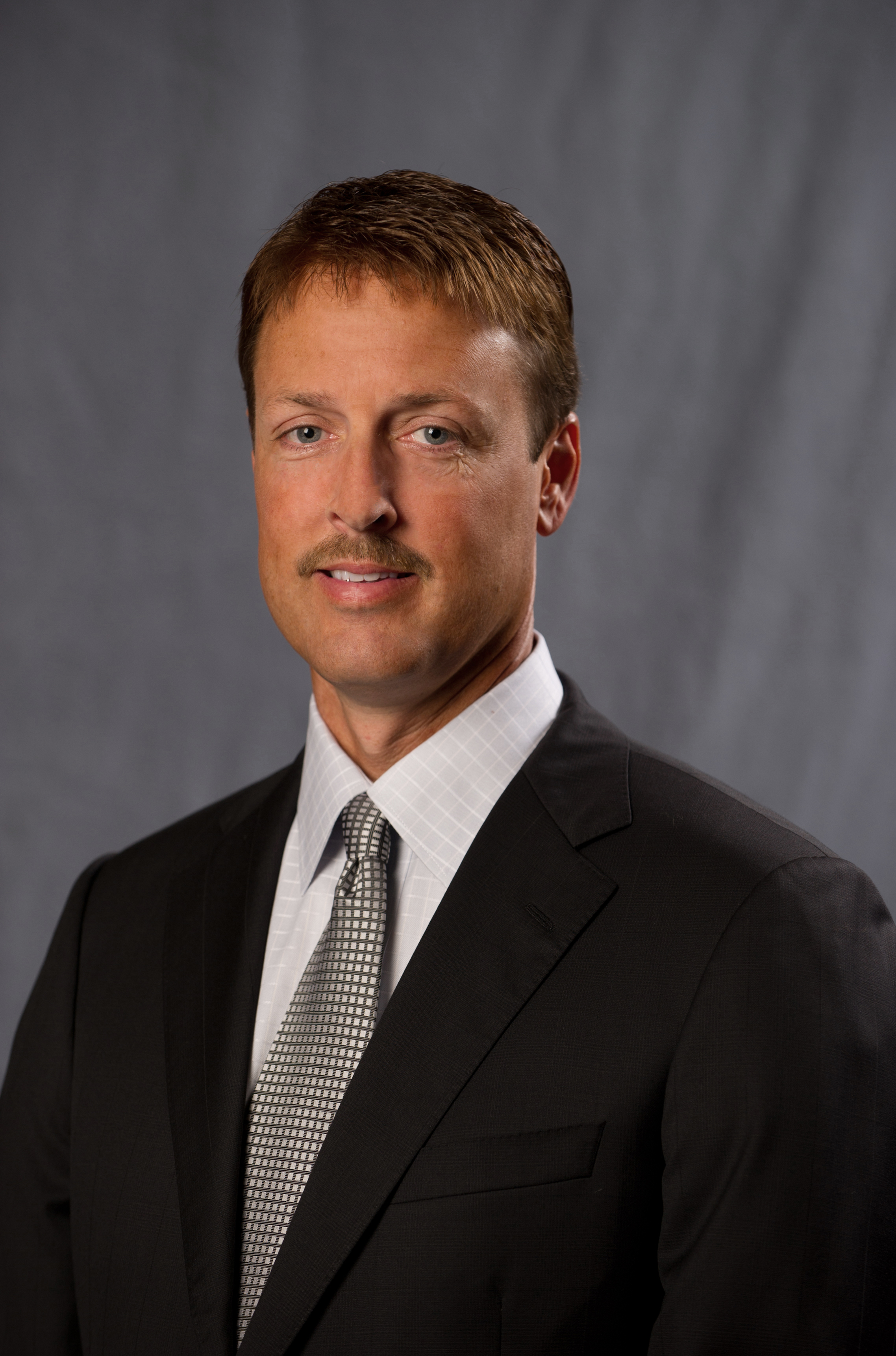 Jeff Broin portrait.jpg
