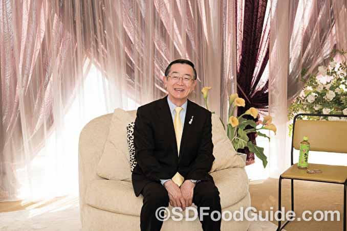"""""""世界最大规模的咖喱连锁店""""CoCo壹番屋的创始人宗次德二。"""