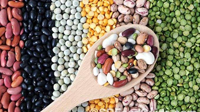 有多种营养又好味的杂粮,如黑豆、糙米等,可为健康膳食锦上添花。(网络图片)