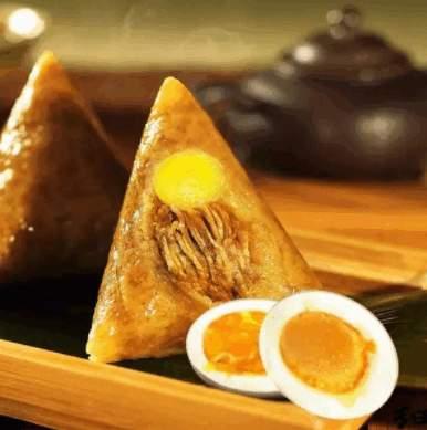 广东粽子既有肉的鲜美,又有蛋黄的醇香。(网络图片)