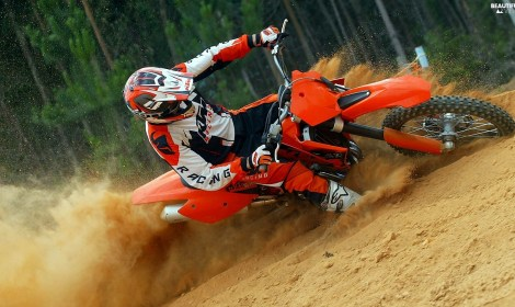 ENDURO MOTO-CROSS