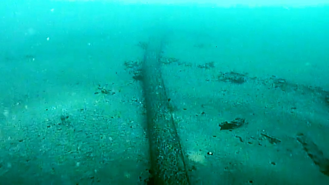 Coast Guard video shows a section of the miles-long pipeline off the coast of Southern California on Oct. 7. (DVIDS, U.S. Coast Guard District 11/Zenger)