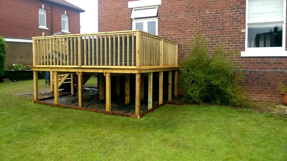 Stilted decking wakefield 1