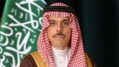 وزير الخارجية السعودي يصل إلى السودان