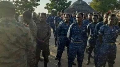 القوات المسلحة تسلم الجيش الأثيوبي عدد واحد ضابط وخمسين من الجنود