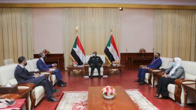 البرهان يشيد بالعلاقات التأريخية بين السودان وبريطانيا