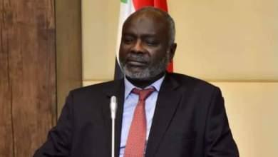 وزير المالية والتخطيط الاقتصادي دكتور جبريل إبراهيم
