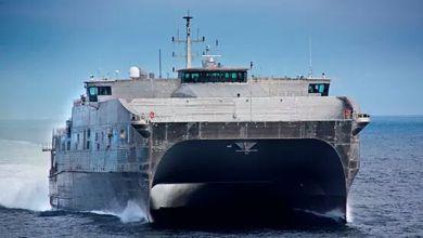 وصول السفينة البحرية الأمريكية (USNS) كارسون سيتي إلى ميناء بورتسودان