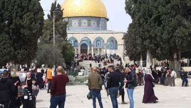 فلسطينيون يتدفقون للأقصى لإحياء ذكرى الإسراء والمعراج