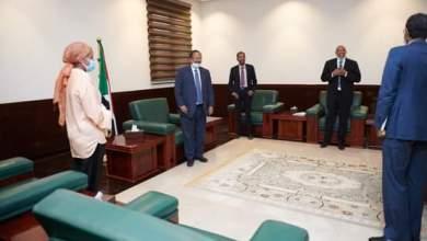 د. حمدوك يمتدح التنسيق بين وزارة الصحة واليونيسيف لتأمين وصول لقاح الكورونا