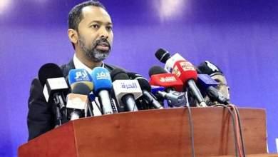 وزير شؤون مجلس الوزراء م.خالد عمر يوسف