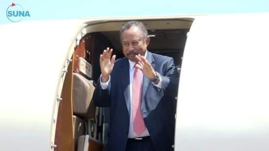 د. حمدوك يعود إلى البلاد بعد مباحثات مع قيادة المملكة العربية السعودية
