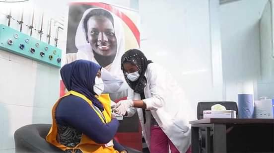 الصحة: حصر متلقي الجرعة الاولى من التطعيم بلقاح الكوفيد19
