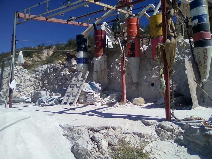 minería artesanal sostenible en Cantera Las Minitas, Hermosillo, Sonora,
