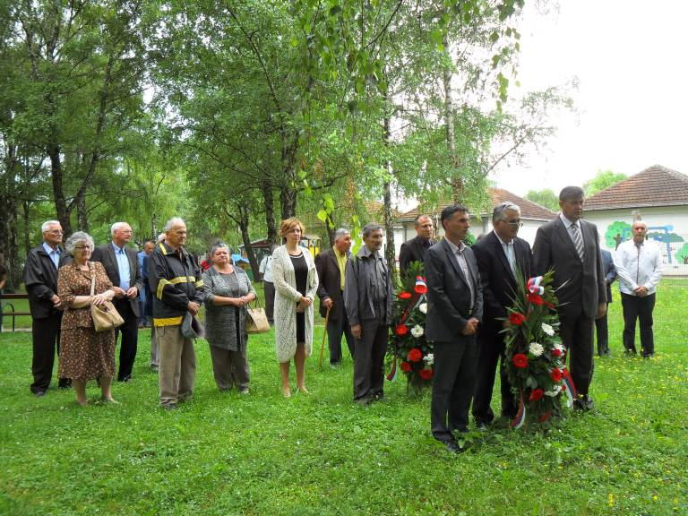 polaganje venaca u vukovaru2 2016