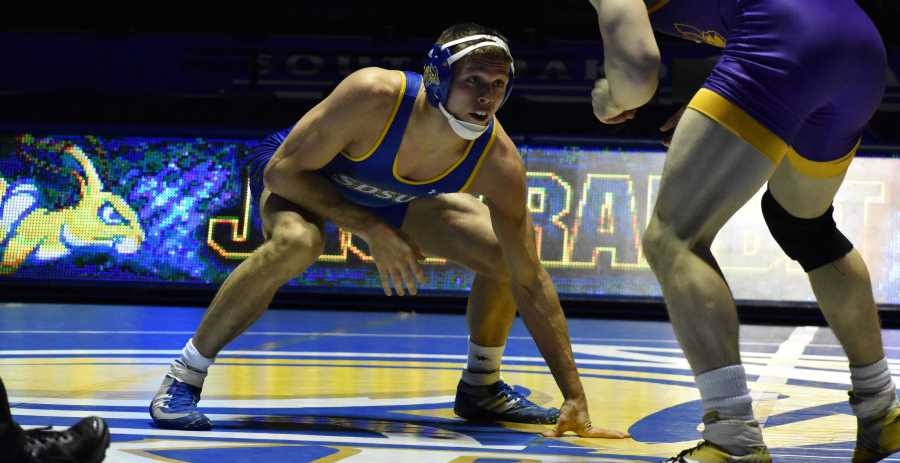 ABBY+FULLENKAMP%0ASenior+David+Kocer+wrestles+UNI+Taylor+Lujan+in+the+174-pound+bout+during+the+meet+Jan.+21.+Kocer+is+17-5+overall+this+season.+The+Jacks+host+NDSU+at+7pm+Friday%2C+Feb.+16.++in+Frost+Arena.