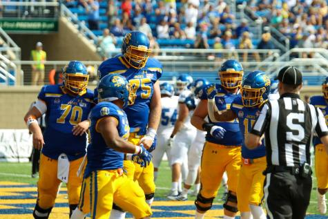 Jacks host Thunderbirds in Saturday's Beef Bowl