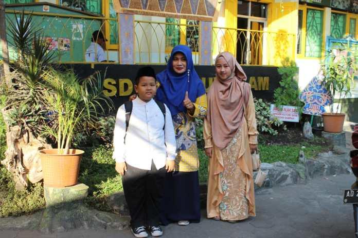 Ikut Pentas PAI, SD Ta'mirul Islam Bawa Pulang 2 Trofi Juara Pertama
