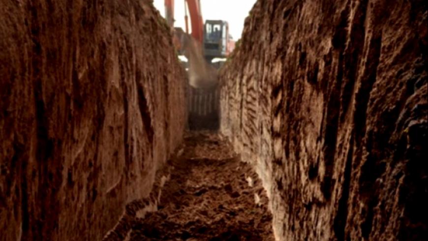 المقابر الجماعية بسوريا.. شهود عيان يكشفون فظائع جديدة لأول مرة