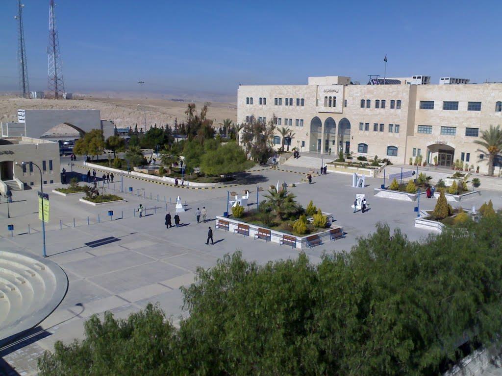 فتح باب التسجيل على منح EDU-Syria للاجئين السوريين للدراسة في الأردن