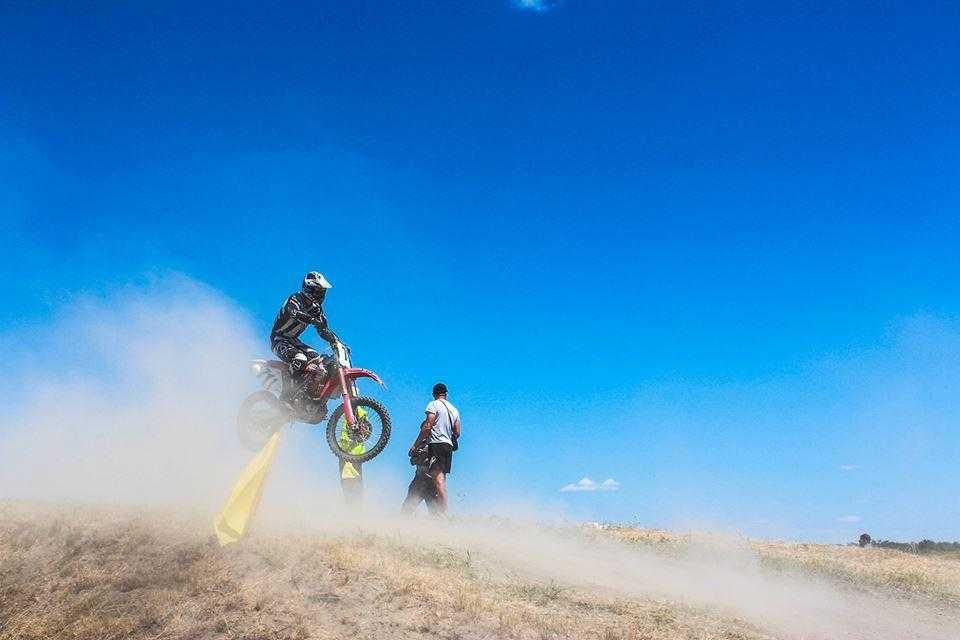 В Геническе прошел открытый Чемпионат по мотокроссу