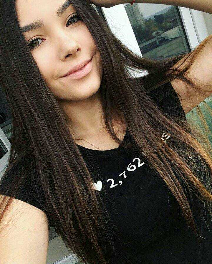 """Конкурс """"Мисс селфи"""": голосуй за самых горячих девушек Azov Health Fest - 2018"""