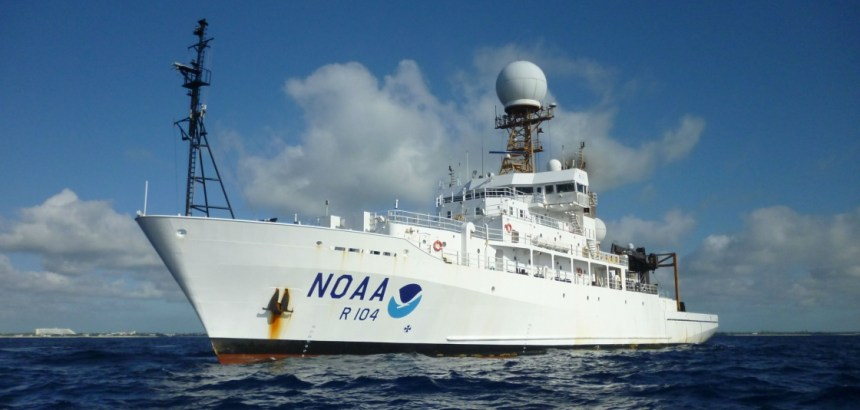 NOAA commissions 2 research ships