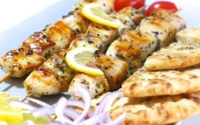 http---www.mygreekdish.com-wp-content-uploads-2013-05-Greek-Chicken-Souvlaki-Skewers-recipe-5-800x579