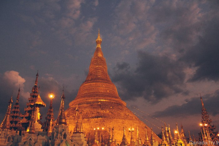 coucher du soleil shwedagon sunset