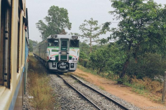train birmanie yangon