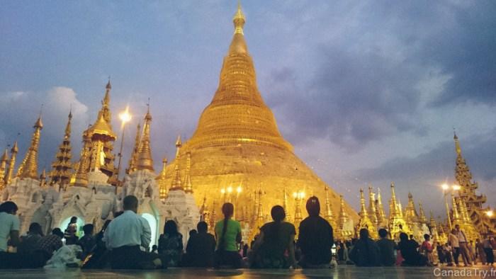 coucher de soleil pagode shwedagon