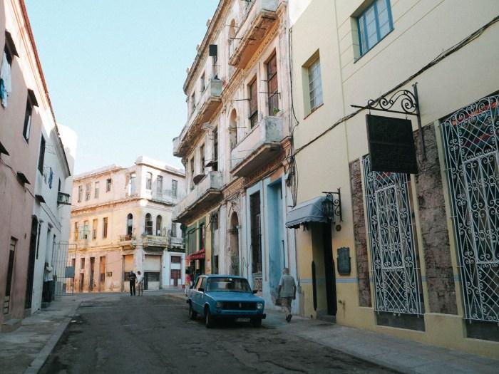 rues centro habana la havane