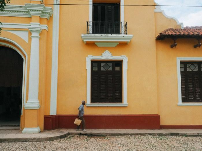 façade orange à trinidad