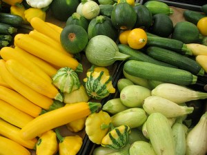 Summer-Squash-at-the-farmers-market1