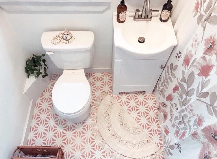 Brass & Pine Bathroom Design