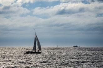 Bermudan Sloop 'Tomidi' Belgium crossing the start line
