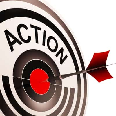 Dart being thrown into bull's eye. Creating an effective call to action for your site.