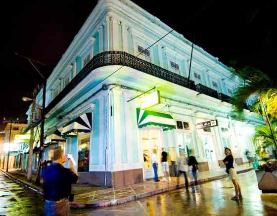 Experience Cuba Now Seafoam Media